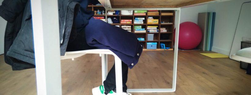 Exemple d'utilisation de couverture lestée en séance d'ergothérapie