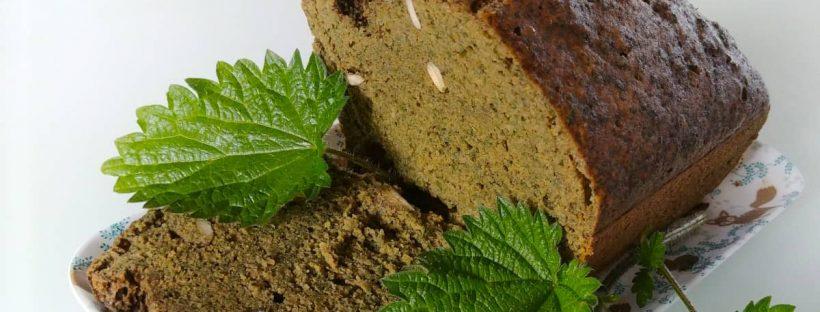 Cake à l'ortie sans gluten ni lactose cuit à la vapeur douce