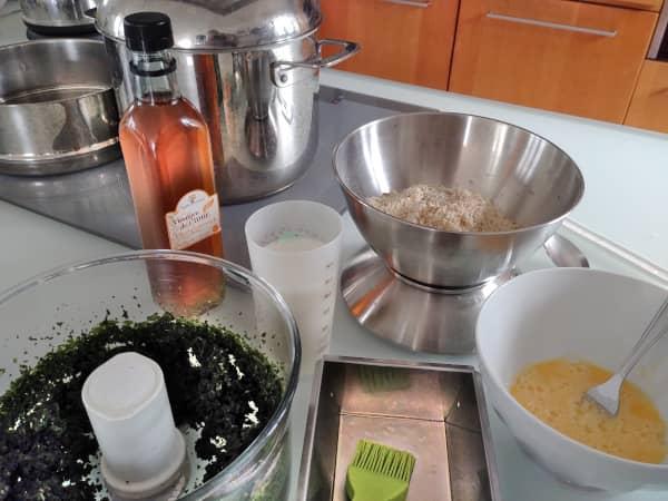 Ingrédients pour réaliser un cake à l'ortie sans gluten ni lactose