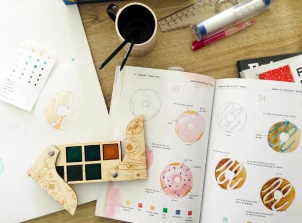 """Débuter l'aquarelle avec le livre  """"L'aquarelle facile, 150 motifs en 4 étapes"""" de Marina Bakasova"""